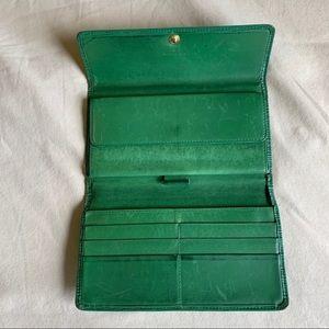 Louis Vuitton Bags - ❌SOLD❌ on Ⓜ️ercari Green Epi Vintage Louis Vuitton
